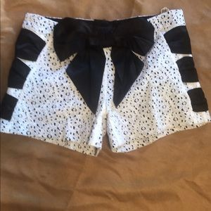 💋JUDITH MARCH MINI LACE SHORTS